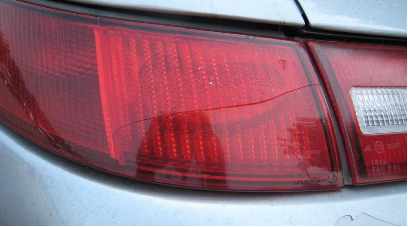 Crack In Your Tail Light  No Problem